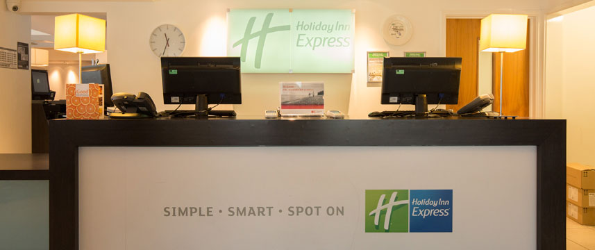 Holiday Inn Express Birmingham South A45 - Reception