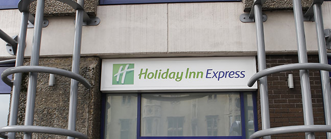 Holiday Inn Express Bristol City Hotel Entrance Main