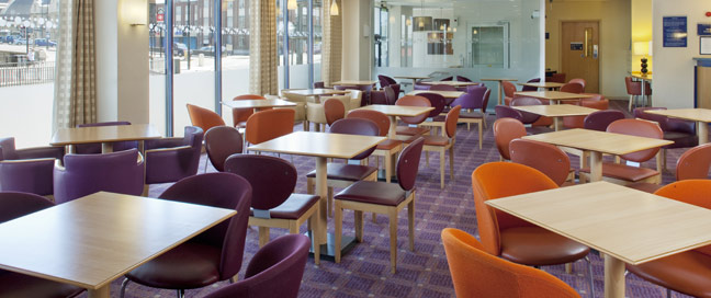 Holiday Inn Express Bristol City Hotel Restaurant Main