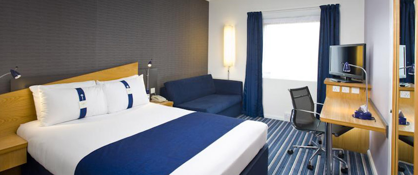 Holiday Inn Express Bristol North Family
