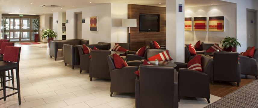 Holiday Inn Express Bristol North Lounge