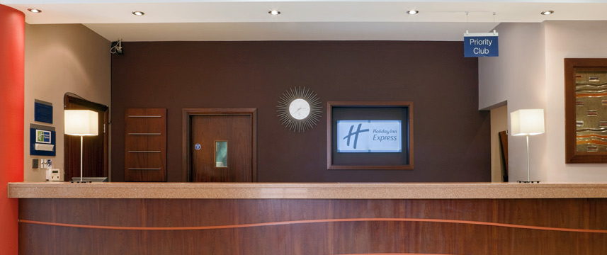 Holiday Inn Express Dublin Airport - Reception