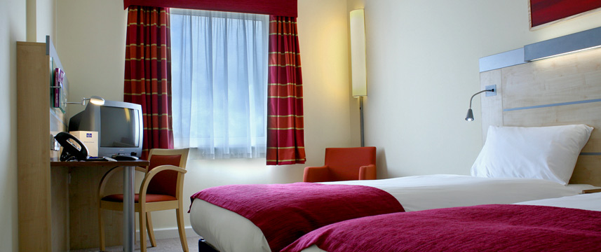 Holiday Inn Express Dublin Airport - Twin Room