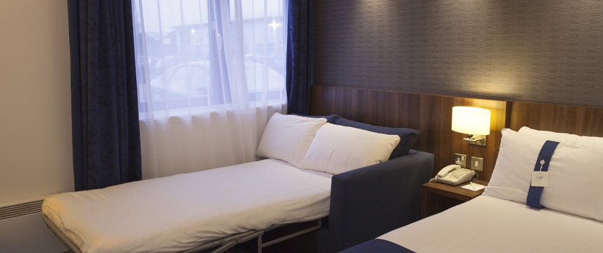 Holiday Inn Express Edinburgh Airport - Sofabed