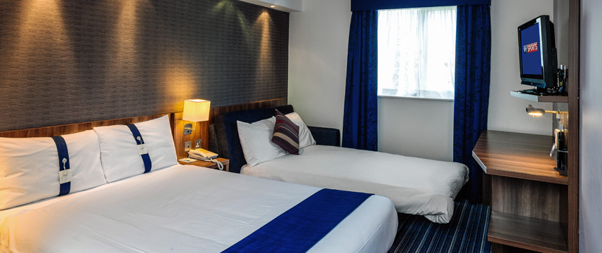 Holiday Inn Express Gatwick - Crawley - Family Room