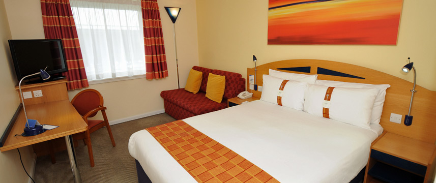 Holiday Inn Express Glasgow Airport - Family Room