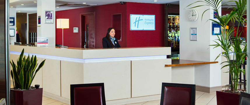 Holiday Inn Express Glasgow Airport - Reception