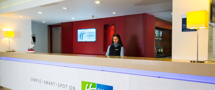 Holiday Inn Express Leeds City Centre - Reception