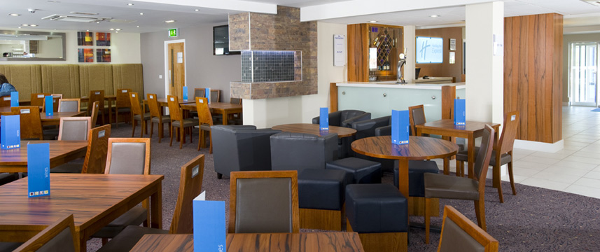 Holiday Inn Express Leeds East - Restaurant
