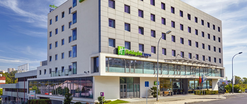 Holiday Inn Express Lisbon Alfragide - Exterior