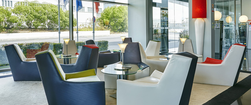 Holiday Inn Express Lisbon Alfragide - Lobby Seating
