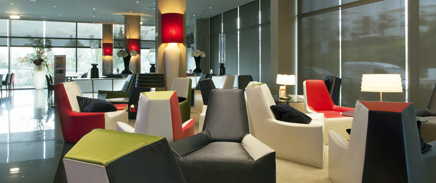 Holiday Inn Express Lisbon Alfragide - Lounge