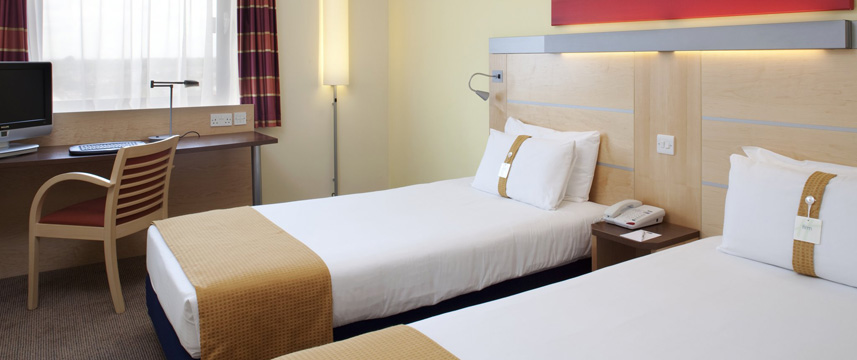 Holiday Inn Express London Newbury Park - Twin Room