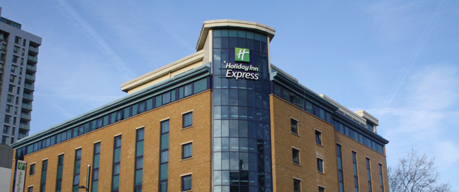 Holiday Inn Express London Stratford Hotel Exterior
