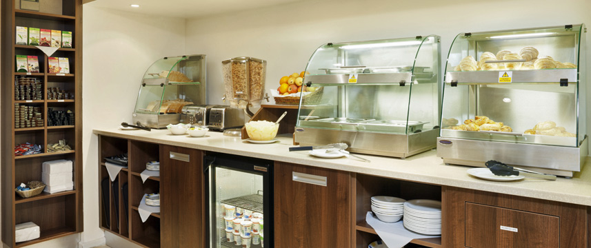 Holiday Inn Express London Victoria - Breakfast Bar