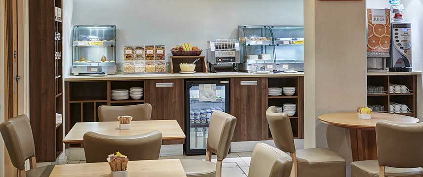 Holiday Inn Express London Victoria - Breakfast Room