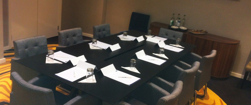 Holiday Inn Express London Wimbledon South - Meeting Room