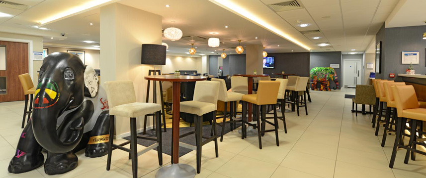 Holiday Inn Express London Wimbledon South - Seating