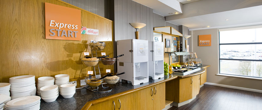 Holiday Inn Express Luton Airport - Restaurant