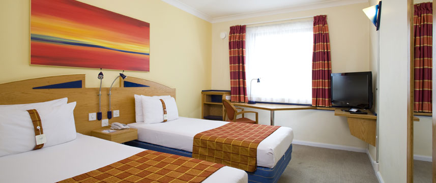 Holiday Inn Express Luton Airport - Twin