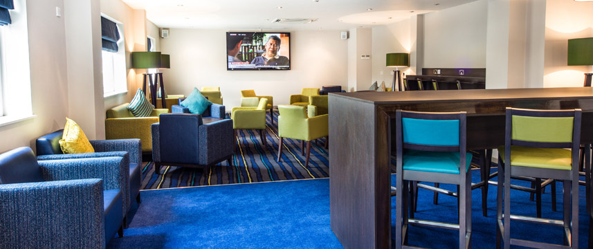 Holiday Inn Express Manchester Airport - Lounge