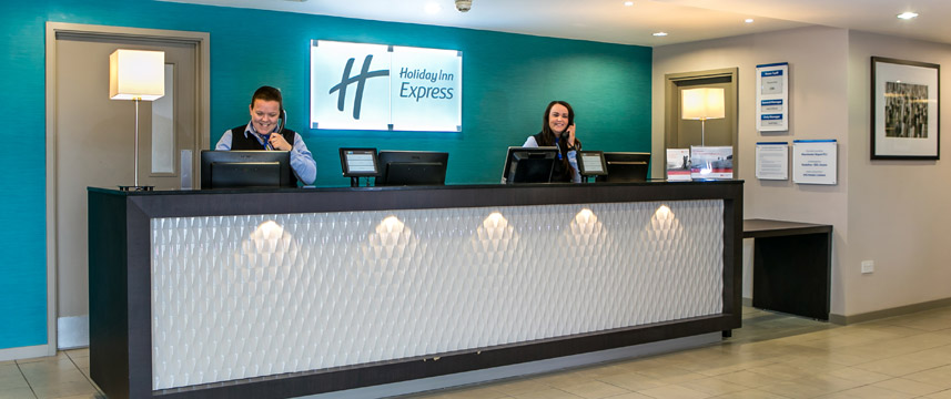 Holiday Inn Express Manchester Airport - Reception