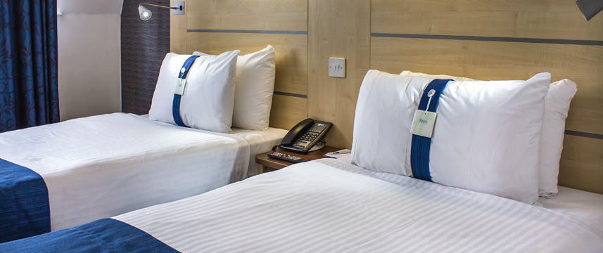 Holiday Inn Express Manchester Airport - Standard Room
