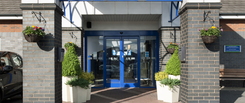 Holiday Inn Express Newcastle Metro Centre - Entrance