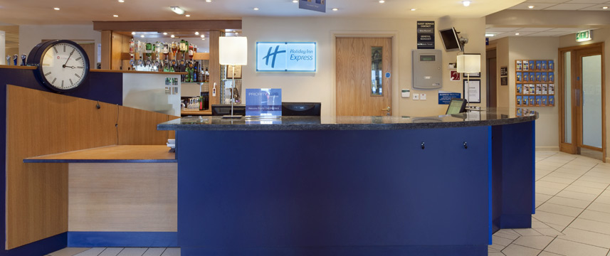 Holiday Inn Express Newcastle Metro Centre - Reception