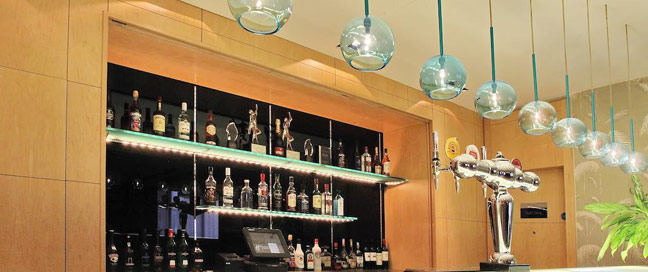 Holiday Inn Express Redditch - Bar Details