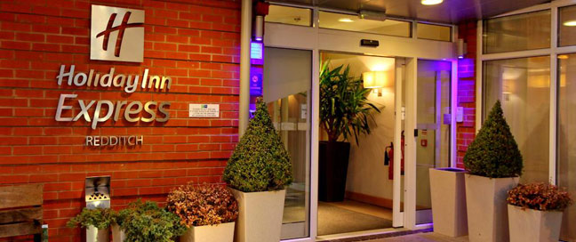 Holiday Inn Express Redditch - Entrance