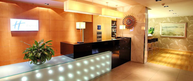 Holiday Inn Express Redditch - Reception