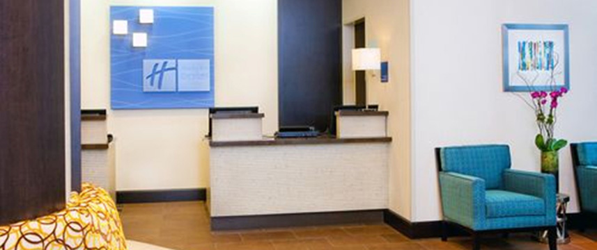 Holiday Inn Express Times Sq South Reception