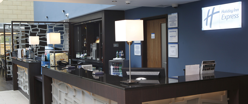Holiday Inn Express Windsor - Reception