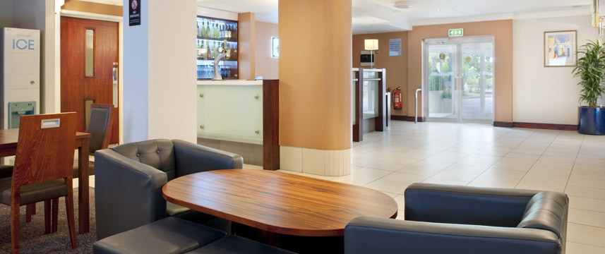 Holiday Inn Express York - Lobby