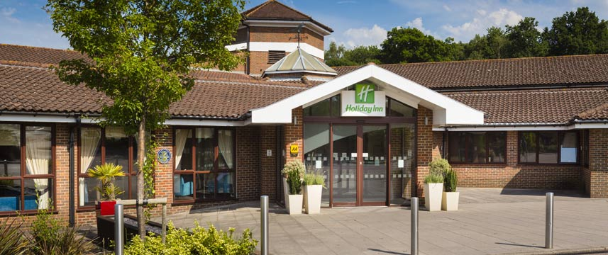 Holiday Inn Gatwick Worth - Exterior