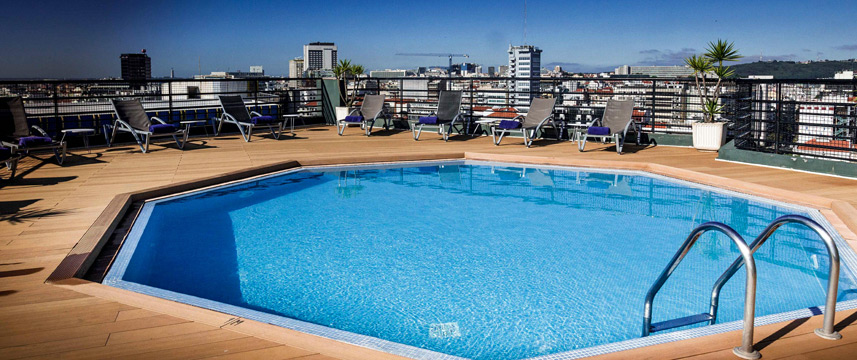Holiday Inn Lisbon - Pool