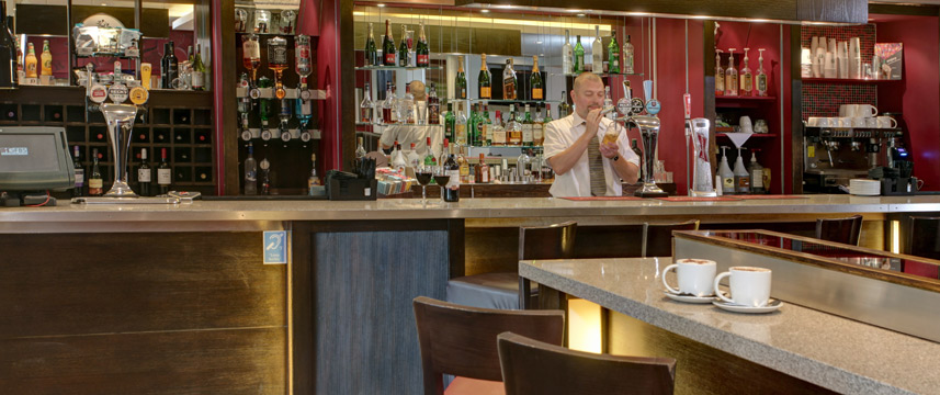 Holiday Inn London - Gatwick Airport - Bar