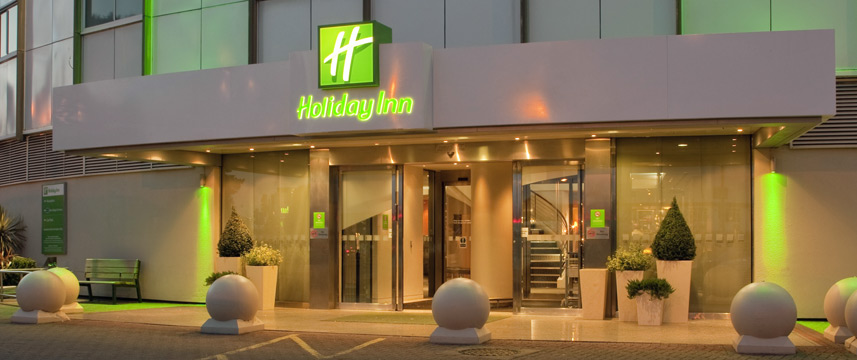 Holiday Inn London Heathrow Ariel - Entrance