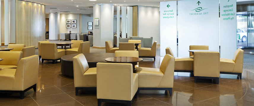 Holiday Inn London Heathrow M4 Jct4 Lobby
