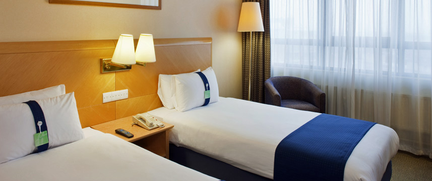 Holiday Inn London Kensington Forum Twin