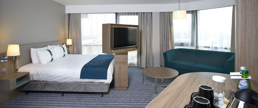 Holiday Inn London West - Deluxe Room