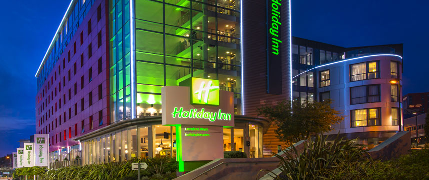 Holiday Inn London West - Exterior