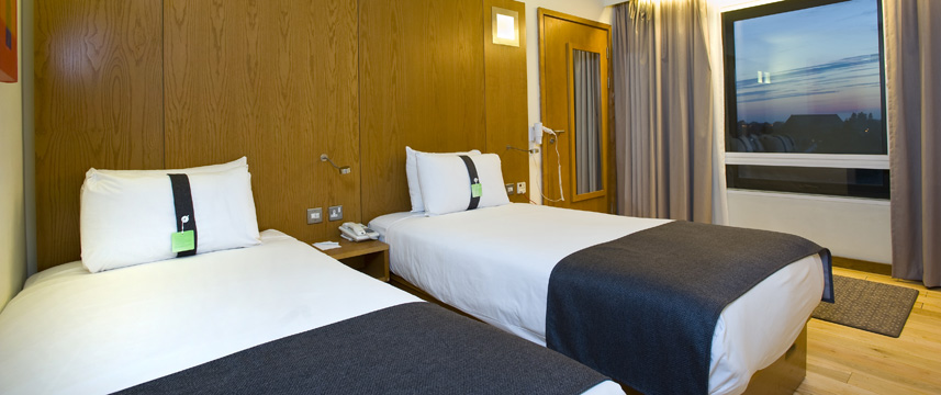Holiday Inn London West - Standard Twin