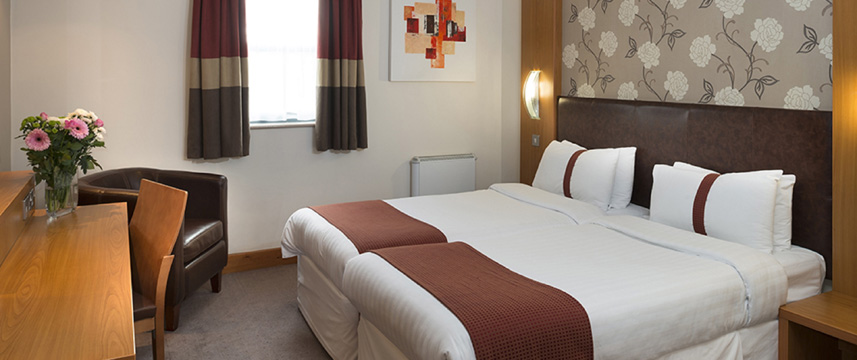 Holiday Inn Manchester - Central Park - Twin Room