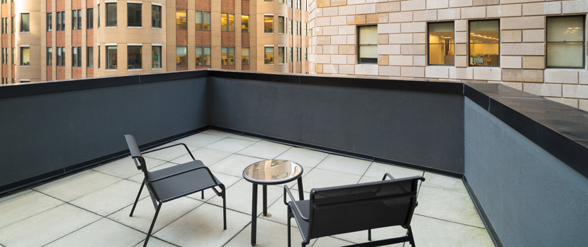 Holiday Inn NYC Wall Street - Feature Balcony