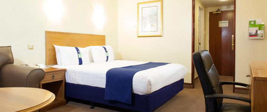 Holiday Inn Newport - Guest Room