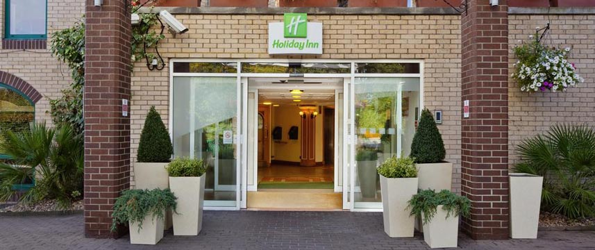 Holiday Inn Slough Windsor - Entrance