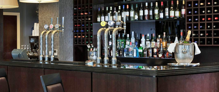 Holiday Inn Whitechapel - Bar