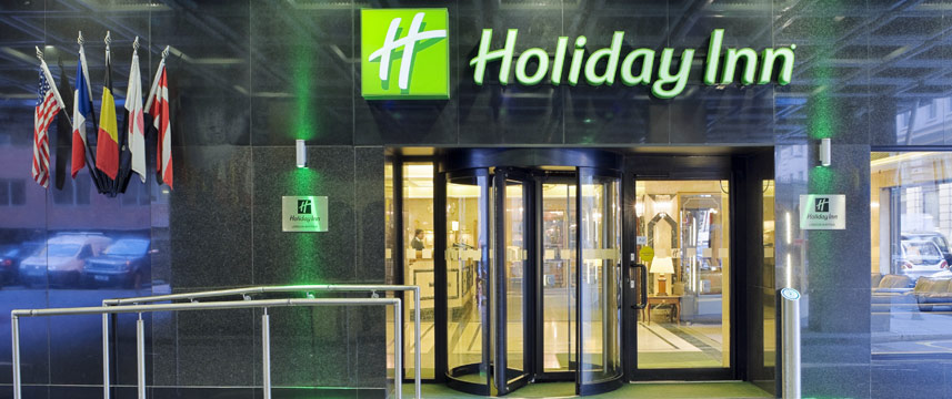 Holiday inn London Mayfair Entrance